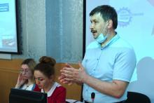 Профессор ФИПН С.А. Некрылов и магистрантка М. Дунаевская приняли участие в межвузовской панельной дискуссии «Томск – в тылу как на передовой